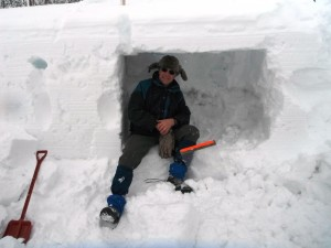 A Practical Method To Dig a Survival Snow Cave – 1/22/12